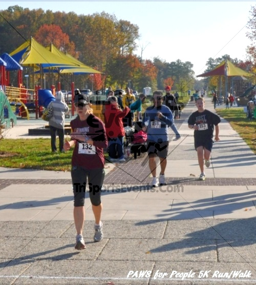 3rd PAWS for People Wag-n-Walk &5K Run<br><br><br><br><a href='http://www.trisportsevents.com/pics/11_PAWS_5K_078.JPG' download='11_PAWS_5K_078.JPG'>Click here to download.</a><Br><a href='http://www.facebook.com/sharer.php?u=http:%2F%2Fwww.trisportsevents.com%2Fpics%2F11_PAWS_5K_078.JPG&t=3rd PAWS for People Wag-n-Walk &5K Run' target='_blank'><img src='images/fb_share.png' width='100'></a>