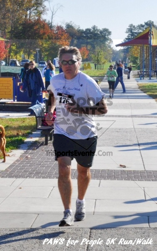 3rd PAWS for People Wag-n-Walk &5K Run<br><br><br><br><a href='http://www.trisportsevents.com/pics/11_PAWS_5K_107.JPG' download='11_PAWS_5K_107.JPG'>Click here to download.</a><Br><a href='http://www.facebook.com/sharer.php?u=http:%2F%2Fwww.trisportsevents.com%2Fpics%2F11_PAWS_5K_107.JPG&t=3rd PAWS for People Wag-n-Walk &5K Run' target='_blank'><img src='images/fb_share.png' width='100'></a>