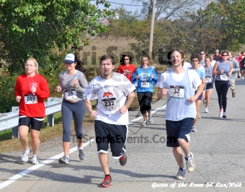 Queen of the Roses 5K Run/Walk<br><br><br><br><a href='http://www.trisportsevents.com/pics/11_Queen_of_the_Roses_057.JPG' download='11_Queen_of_the_Roses_057.JPG'>Click here to download.</a><Br><a href='http://www.facebook.com/sharer.php?u=http:%2F%2Fwww.trisportsevents.com%2Fpics%2F11_Queen_of_the_Roses_057.JPG&t=Queen of the Roses 5K Run/Walk' target='_blank'><img src='images/fb_share.png' width='100'></a>