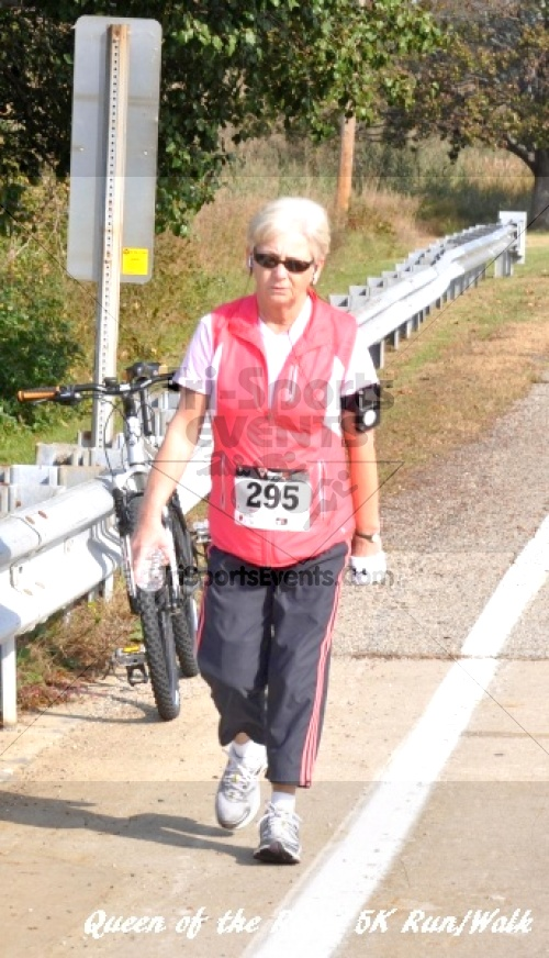 Queen of the Roses 5K Run/Walk<br><br><br><br><a href='http://www.trisportsevents.com/pics/11_Queen_of_the_Roses_071.JPG' download='11_Queen_of_the_Roses_071.JPG'>Click here to download.</a><Br><a href='http://www.facebook.com/sharer.php?u=http:%2F%2Fwww.trisportsevents.com%2Fpics%2F11_Queen_of_the_Roses_071.JPG&t=Queen of the Roses 5K Run/Walk' target='_blank'><img src='images/fb_share.png' width='100'></a>
