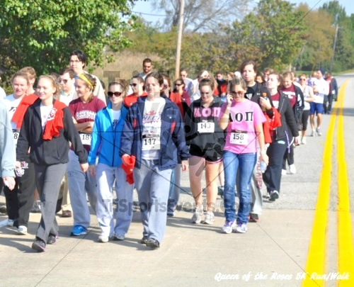 Queen of the Roses 5K Run/Walk<br><br><br><br><a href='http://www.trisportsevents.com/pics/11_Queen_of_the_Roses_088.JPG' download='11_Queen_of_the_Roses_088.JPG'>Click here to download.</a><Br><a href='http://www.facebook.com/sharer.php?u=http:%2F%2Fwww.trisportsevents.com%2Fpics%2F11_Queen_of_the_Roses_088.JPG&t=Queen of the Roses 5K Run/Walk' target='_blank'><img src='images/fb_share.png' width='100'></a>