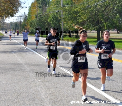 Queen of the Roses 5K Run/Walk<br><br><br><br><a href='http://www.trisportsevents.com/pics/11_Queen_of_the_Roses_133.JPG' download='11_Queen_of_the_Roses_133.JPG'>Click here to download.</a><Br><a href='http://www.facebook.com/sharer.php?u=http:%2F%2Fwww.trisportsevents.com%2Fpics%2F11_Queen_of_the_Roses_133.JPG&t=Queen of the Roses 5K Run/Walk' target='_blank'><img src='images/fb_share.png' width='100'></a>