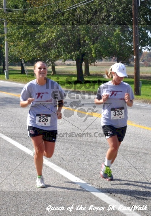 Queen of the Roses 5K Run/Walk<br><br><br><br><a href='http://www.trisportsevents.com/pics/11_Queen_of_the_Roses_134.JPG' download='11_Queen_of_the_Roses_134.JPG'>Click here to download.</a><Br><a href='http://www.facebook.com/sharer.php?u=http:%2F%2Fwww.trisportsevents.com%2Fpics%2F11_Queen_of_the_Roses_134.JPG&t=Queen of the Roses 5K Run/Walk' target='_blank'><img src='images/fb_share.png' width='100'></a>