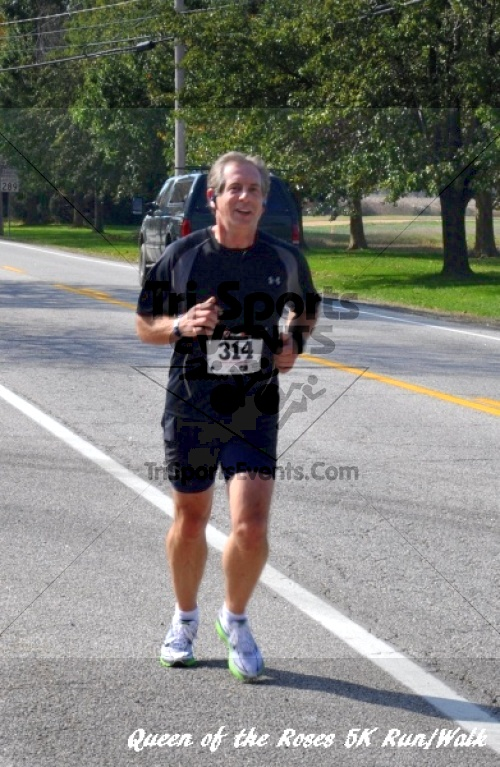 Queen of the Roses 5K Run/Walk<br><br><br><br><a href='http://www.trisportsevents.com/pics/11_Queen_of_the_Roses_138.JPG' download='11_Queen_of_the_Roses_138.JPG'>Click here to download.</a><Br><a href='http://www.facebook.com/sharer.php?u=http:%2F%2Fwww.trisportsevents.com%2Fpics%2F11_Queen_of_the_Roses_138.JPG&t=Queen of the Roses 5K Run/Walk' target='_blank'><img src='images/fb_share.png' width='100'></a>