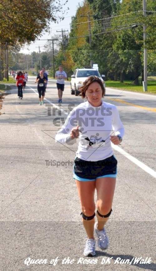 Queen of the Roses 5K Run/Walk<br><br><br><br><a href='http://www.trisportsevents.com/pics/11_Queen_of_the_Roses_155.JPG' download='11_Queen_of_the_Roses_155.JPG'>Click here to download.</a><Br><a href='http://www.facebook.com/sharer.php?u=http:%2F%2Fwww.trisportsevents.com%2Fpics%2F11_Queen_of_the_Roses_155.JPG&t=Queen of the Roses 5K Run/Walk' target='_blank'><img src='images/fb_share.png' width='100'></a>