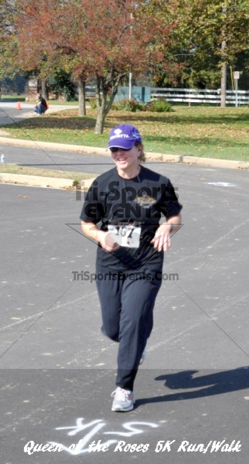 Queen of the Roses 5K Run/Walk<br><br><br><br><a href='http://www.trisportsevents.com/pics/11_Queen_of_the_Roses_192.JPG' download='11_Queen_of_the_Roses_192.JPG'>Click here to download.</a><Br><a href='http://www.facebook.com/sharer.php?u=http:%2F%2Fwww.trisportsevents.com%2Fpics%2F11_Queen_of_the_Roses_192.JPG&t=Queen of the Roses 5K Run/Walk' target='_blank'><img src='images/fb_share.png' width='100'></a>