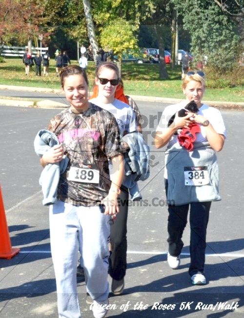 Queen of the Roses 5K Run/Walk<br><br><br><br><a href='http://www.trisportsevents.com/pics/11_Queen_of_the_Roses_220.JPG' download='11_Queen_of_the_Roses_220.JPG'>Click here to download.</a><Br><a href='http://www.facebook.com/sharer.php?u=http:%2F%2Fwww.trisportsevents.com%2Fpics%2F11_Queen_of_the_Roses_220.JPG&t=Queen of the Roses 5K Run/Walk' target='_blank'><img src='images/fb_share.png' width='100'></a>
