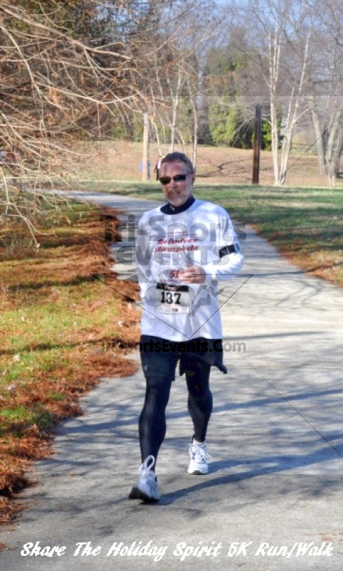 Share The Holiday Spirit 5K Run/Walk In Memory Of Laura Gondeck<br><br><br><br><a href='https://www.trisportsevents.com/pics/11_Share_The_Holiday_Spirit_5K_142.JPG' download='11_Share_The_Holiday_Spirit_5K_142.JPG'>Click here to download.</a><Br><a href='http://www.facebook.com/sharer.php?u=http:%2F%2Fwww.trisportsevents.com%2Fpics%2F11_Share_The_Holiday_Spirit_5K_142.JPG&t=Share The Holiday Spirit 5K Run/Walk In Memory Of Laura Gondeck' target='_blank'><img src='images/fb_share.png' width='100'></a>