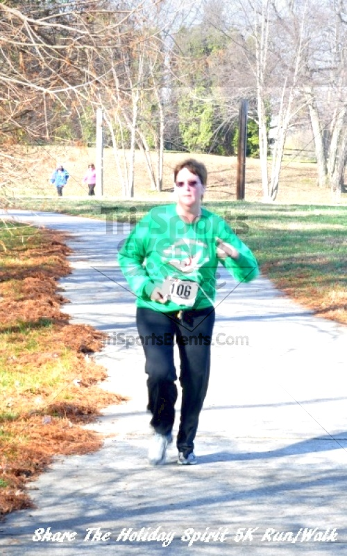 Share The Holiday Spirit 5K Run/Walk In Memory Of Laura Gondeck<br><br><br><br><a href='http://www.trisportsevents.com/pics/11_Share_The_Holiday_Spirit_5K_145.JPG' download='11_Share_The_Holiday_Spirit_5K_145.JPG'>Click here to download.</a><Br><a href='http://www.facebook.com/sharer.php?u=http:%2F%2Fwww.trisportsevents.com%2Fpics%2F11_Share_The_Holiday_Spirit_5K_145.JPG&t=Share The Holiday Spirit 5K Run/Walk In Memory Of Laura Gondeck' target='_blank'><img src='images/fb_share.png' width='100'></a>