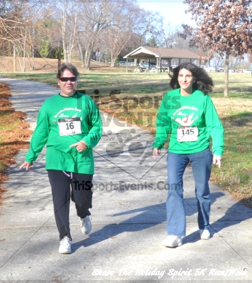 Share The Holiday Spirit 5K Run/Walk In Memory Of Laura Gondeck<br><br><br><br><a href='http://www.trisportsevents.com/pics/11_Share_The_Holiday_Spirit_5K_153.JPG' download='11_Share_The_Holiday_Spirit_5K_153.JPG'>Click here to download.</a><Br><a href='http://www.facebook.com/sharer.php?u=http:%2F%2Fwww.trisportsevents.com%2Fpics%2F11_Share_The_Holiday_Spirit_5K_153.JPG&t=Share The Holiday Spirit 5K Run/Walk In Memory Of Laura Gondeck' target='_blank'><img src='images/fb_share.png' width='100'></a>