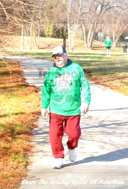 Share The Holiday Spirit 5K Run/Walk In Memory Of Laura Gondeck<br><br><br><br><a href='https://www.trisportsevents.com/pics/11_Share_The_Holiday_Spirit_5K_154.JPG' download='11_Share_The_Holiday_Spirit_5K_154.JPG'>Click here to download.</a><Br><a href='http://www.facebook.com/sharer.php?u=http:%2F%2Fwww.trisportsevents.com%2Fpics%2F11_Share_The_Holiday_Spirit_5K_154.JPG&t=Share The Holiday Spirit 5K Run/Walk In Memory Of Laura Gondeck' target='_blank'><img src='images/fb_share.png' width='100'></a>