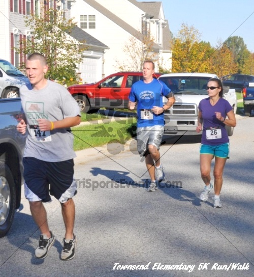 Just Wing It Thunderbird 5K Run/Walk<br><br><br><br><a href='https://www.trisportsevents.com/pics/11_Townsend_5K_054.JPG' download='11_Townsend_5K_054.JPG'>Click here to download.</a><Br><a href='http://www.facebook.com/sharer.php?u=http:%2F%2Fwww.trisportsevents.com%2Fpics%2F11_Townsend_5K_054.JPG&t=Just Wing It Thunderbird 5K Run/Walk' target='_blank'><img src='images/fb_share.png' width='100'></a>