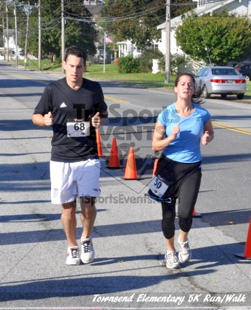 Just Wing It Thunderbird 5K Run/Walk<br><br><br><br><a href='http://www.trisportsevents.com/pics/11_Townsend_5K_107.JPG' download='11_Townsend_5K_107.JPG'>Click here to download.</a><Br><a href='http://www.facebook.com/sharer.php?u=http:%2F%2Fwww.trisportsevents.com%2Fpics%2F11_Townsend_5K_107.JPG&t=Just Wing It Thunderbird 5K Run/Walk' target='_blank'><img src='images/fb_share.png' width='100'></a>
