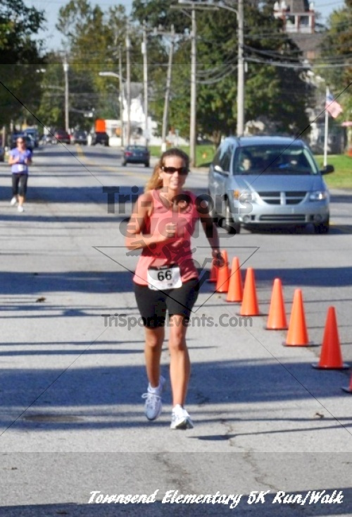 Just Wing It Thunderbird 5K Run/Walk<br><br><br><br><a href='http://www.trisportsevents.com/pics/11_Townsend_5K_126.JPG' download='11_Townsend_5K_126.JPG'>Click here to download.</a><Br><a href='http://www.facebook.com/sharer.php?u=http:%2F%2Fwww.trisportsevents.com%2Fpics%2F11_Townsend_5K_126.JPG&t=Just Wing It Thunderbird 5K Run/Walk' target='_blank'><img src='images/fb_share.png' width='100'></a>