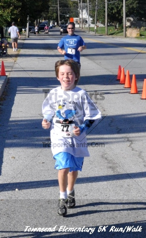 Just Wing It Thunderbird 5K Run/Walk<br><br><br><br><a href='https://www.trisportsevents.com/pics/11_Townsend_5K_131.JPG' download='11_Townsend_5K_131.JPG'>Click here to download.</a><Br><a href='http://www.facebook.com/sharer.php?u=http:%2F%2Fwww.trisportsevents.com%2Fpics%2F11_Townsend_5K_131.JPG&t=Just Wing It Thunderbird 5K Run/Walk' target='_blank'><img src='images/fb_share.png' width='100'></a>