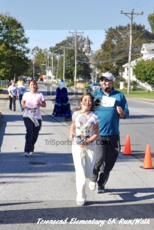 Just Wing It Thunderbird 5K Run/Walk<br><br><br><br><a href='https://www.trisportsevents.com/pics/11_Townsend_5K_156.JPG' download='11_Townsend_5K_156.JPG'>Click here to download.</a><Br><a href='http://www.facebook.com/sharer.php?u=http:%2F%2Fwww.trisportsevents.com%2Fpics%2F11_Townsend_5K_156.JPG&t=Just Wing It Thunderbird 5K Run/Walk' target='_blank'><img src='images/fb_share.png' width='100'></a>
