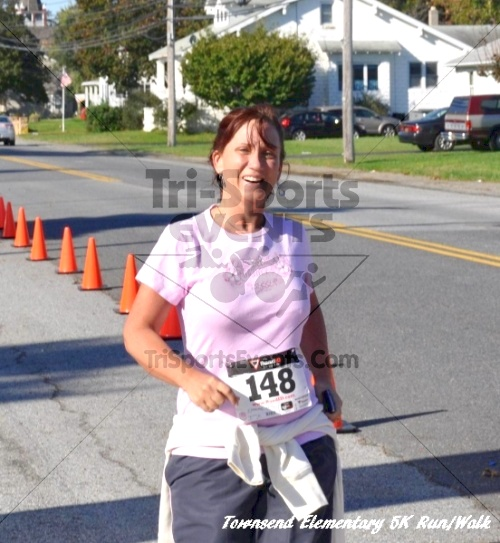 Just Wing It Thunderbird 5K Run/Walk<br><br><br><br><a href='https://www.trisportsevents.com/pics/11_Townsend_5K_157.JPG' download='11_Townsend_5K_157.JPG'>Click here to download.</a><Br><a href='http://www.facebook.com/sharer.php?u=http:%2F%2Fwww.trisportsevents.com%2Fpics%2F11_Townsend_5K_157.JPG&t=Just Wing It Thunderbird 5K Run/Walk' target='_blank'><img src='images/fb_share.png' width='100'></a>