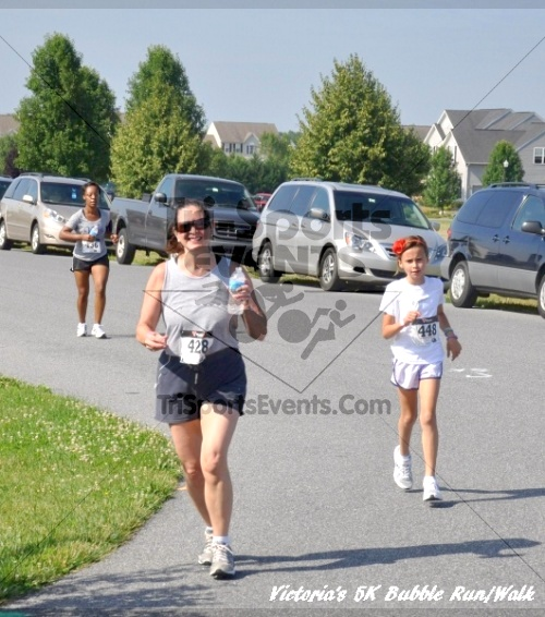 Victoria's 5K Bubble Run/Walk<br><br><br><br><a href='https://www.trisportsevents.com/pics/11_Victoria's_5K_071.JPG' download='11_Victoria's_5K_071.JPG'>Click here to download.</a><Br><a href='http://www.facebook.com/sharer.php?u=http:%2F%2Fwww.trisportsevents.com%2Fpics%2F11_Victoria's_5K_071.JPG&t=Victoria's 5K Bubble Run/Walk' target='_blank'><img src='images/fb_share.png' width='100'></a>