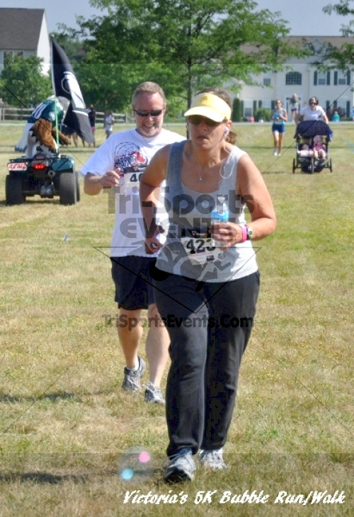 Victoria's 5K Bubble Run/Walk<br><br><br><br><a href='http://www.trisportsevents.com/pics/11_Victoria's_5K_181.JPG' download='11_Victoria's_5K_181.JPG'>Click here to download.</a><Br><a href='http://www.facebook.com/sharer.php?u=http:%2F%2Fwww.trisportsevents.com%2Fpics%2F11_Victoria's_5K_181.JPG&t=Victoria's 5K Bubble Run/Walk' target='_blank'><img src='images/fb_share.png' width='100'></a>