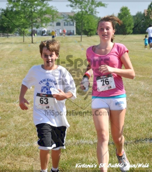 Victoria's 5K Bubble Run/Walk<br><br><br><br><a href='https://www.trisportsevents.com/pics/11_Victoria's_5K_187.JPG' download='11_Victoria's_5K_187.JPG'>Click here to download.</a><Br><a href='http://www.facebook.com/sharer.php?u=http:%2F%2Fwww.trisportsevents.com%2Fpics%2F11_Victoria's_5K_187.JPG&t=Victoria's 5K Bubble Run/Walk' target='_blank'><img src='images/fb_share.png' width='100'></a>