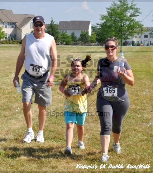 Victoria's 5K Bubble Run/Walk<br><br><br><br><a href='https://www.trisportsevents.com/pics/11_Victoria's_5K_216.JPG' download='11_Victoria's_5K_216.JPG'>Click here to download.</a><Br><a href='http://www.facebook.com/sharer.php?u=http:%2F%2Fwww.trisportsevents.com%2Fpics%2F11_Victoria's_5K_216.JPG&t=Victoria's 5K Bubble Run/Walk' target='_blank'><img src='images/fb_share.png' width='100'></a>
