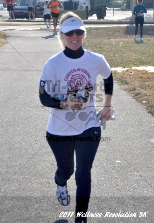 2nd Wellness Resolution 5K<br><br><br><br><a href='http://www.trisportsevents.com/pics/11_Wellness_5K_091.JPG' download='11_Wellness_5K_091.JPG'>Click here to download.</a><Br><a href='http://www.facebook.com/sharer.php?u=http:%2F%2Fwww.trisportsevents.com%2Fpics%2F11_Wellness_5K_091.JPG&t=2nd Wellness Resolution 5K' target='_blank'><img src='images/fb_share.png' width='100'></a>