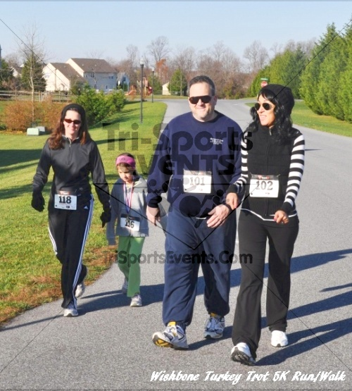 Wishbone Turkey Trot 5K Run/Walk<br><br><br><br><a href='http://www.trisportsevents.com/pics/11_Wishbone_Turkey_Trot_055.JPG' download='11_Wishbone_Turkey_Trot_055.JPG'>Click here to download.</a><Br><a href='http://www.facebook.com/sharer.php?u=http:%2F%2Fwww.trisportsevents.com%2Fpics%2F11_Wishbone_Turkey_Trot_055.JPG&t=Wishbone Turkey Trot 5K Run/Walk' target='_blank'><img src='images/fb_share.png' width='100'></a>