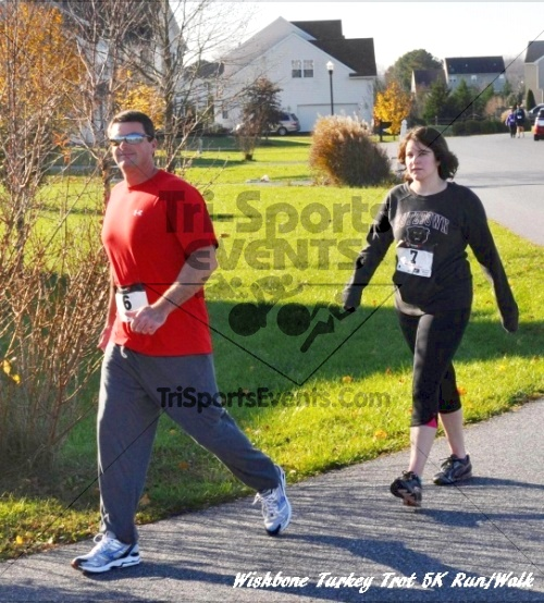 Wishbone Turkey Trot 5K Run/Walk<br><br><br><br><a href='http://www.trisportsevents.com/pics/11_Wishbone_Turkey_Trot_056.JPG' download='11_Wishbone_Turkey_Trot_056.JPG'>Click here to download.</a><Br><a href='http://www.facebook.com/sharer.php?u=http:%2F%2Fwww.trisportsevents.com%2Fpics%2F11_Wishbone_Turkey_Trot_056.JPG&t=Wishbone Turkey Trot 5K Run/Walk' target='_blank'><img src='images/fb_share.png' width='100'></a>
