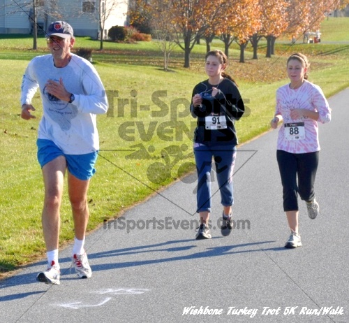 Wishbone Turkey Trot 5K Run/Walk<br><br><br><br><a href='http://www.trisportsevents.com/pics/11_Wishbone_Turkey_Trot_071.JPG' download='11_Wishbone_Turkey_Trot_071.JPG'>Click here to download.</a><Br><a href='http://www.facebook.com/sharer.php?u=http:%2F%2Fwww.trisportsevents.com%2Fpics%2F11_Wishbone_Turkey_Trot_071.JPG&t=Wishbone Turkey Trot 5K Run/Walk' target='_blank'><img src='images/fb_share.png' width='100'></a>