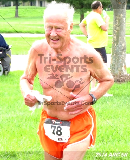 Arc 5K Run/Walk<br><br><br><br><a href='http://www.trisportsevents.com/pics/12_ARC_5K_103.JPG' download='12_ARC_5K_103.JPG'>Click here to download.</a><Br><a href='http://www.facebook.com/sharer.php?u=http:%2F%2Fwww.trisportsevents.com%2Fpics%2F12_ARC_5K_103.JPG&t=Arc 5K Run/Walk' target='_blank'><img src='images/fb_share.png' width='100'></a>