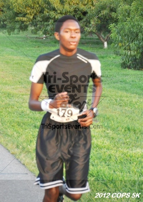 Concern of Police Survivors (COPS) 5K Run/Walk<br><br><br><br><a href='https://www.trisportsevents.com/pics/12_COPS_5K_056.JPG' download='12_COPS_5K_056.JPG'>Click here to download.</a><Br><a href='http://www.facebook.com/sharer.php?u=http:%2F%2Fwww.trisportsevents.com%2Fpics%2F12_COPS_5K_056.JPG&t=Concern of Police Survivors (COPS) 5K Run/Walk' target='_blank'><img src='images/fb_share.png' width='100'></a>