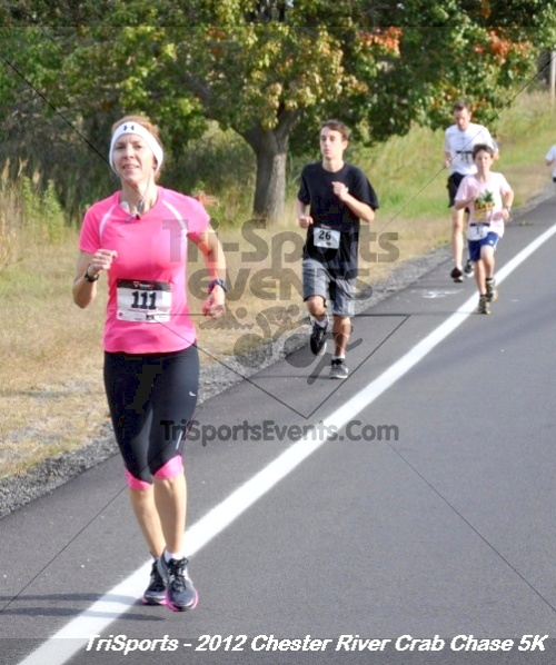 Chester River Crab Chase 5K<br><br><br><br><a href='http://www.trisportsevents.com/pics/12_Chester_River_Crab_Chase_5K_020.JPG' download='12_Chester_River_Crab_Chase_5K_020.JPG'>Click here to download.</a><Br><a href='http://www.facebook.com/sharer.php?u=http:%2F%2Fwww.trisportsevents.com%2Fpics%2F12_Chester_River_Crab_Chase_5K_020.JPG&t=Chester River Crab Chase 5K' target='_blank'><img src='images/fb_share.png' width='100'></a>