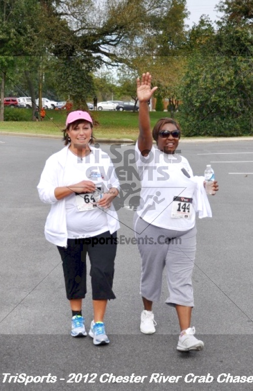 Chester River Crab Chase 5K<br><br><br><br><a href='http://www.trisportsevents.com/pics/12_Chester_River_Crab_Chase_5K_178.JPG' download='12_Chester_River_Crab_Chase_5K_178.JPG'>Click here to download.</a><Br><a href='http://www.facebook.com/sharer.php?u=http:%2F%2Fwww.trisportsevents.com%2Fpics%2F12_Chester_River_Crab_Chase_5K_178.JPG&t=Chester River Crab Chase 5K' target='_blank'><img src='images/fb_share.png' width='100'></a>