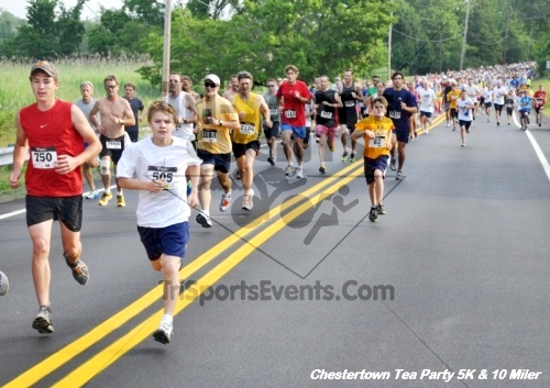 Chestertown Tea Party 10 Mile Run<br><br><br><br><a href='http://www.trisportsevents.com/pics/12_Chestertown_5K-10_Miler_010.JPG' download='12_Chestertown_5K-10_Miler_010.JPG'>Click here to download.</a><Br><a href='http://www.facebook.com/sharer.php?u=http:%2F%2Fwww.trisportsevents.com%2Fpics%2F12_Chestertown_5K-10_Miler_010.JPG&t=Chestertown Tea Party 10 Mile Run' target='_blank'><img src='images/fb_share.png' width='100'></a>