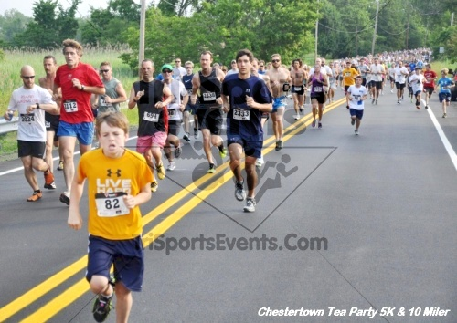 Chestertown Tea Party 10 Mile Run<br><br><br><br><a href='http://www.trisportsevents.com/pics/12_Chestertown_5K-10_Miler_011.JPG' download='12_Chestertown_5K-10_Miler_011.JPG'>Click here to download.</a><Br><a href='http://www.facebook.com/sharer.php?u=http:%2F%2Fwww.trisportsevents.com%2Fpics%2F12_Chestertown_5K-10_Miler_011.JPG&t=Chestertown Tea Party 10 Mile Run' target='_blank'><img src='images/fb_share.png' width='100'></a>