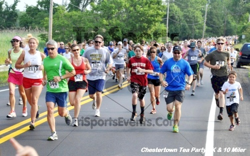 Chestertown Tea Party 10 Mile Run<br><br><br><br><a href='http://www.trisportsevents.com/pics/12_Chestertown_5K-10_Miler_021.JPG' download='12_Chestertown_5K-10_Miler_021.JPG'>Click here to download.</a><Br><a href='http://www.facebook.com/sharer.php?u=http:%2F%2Fwww.trisportsevents.com%2Fpics%2F12_Chestertown_5K-10_Miler_021.JPG&t=Chestertown Tea Party 10 Mile Run' target='_blank'><img src='images/fb_share.png' width='100'></a>