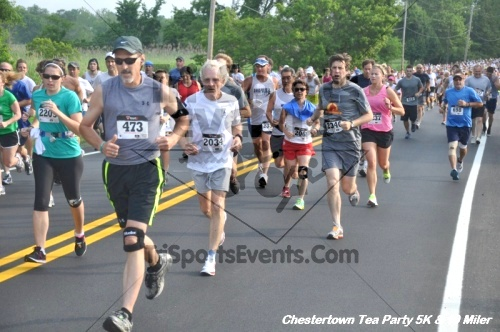 Chestertown Tea Party 10 Mile Run<br><br><br><br><a href='http://www.trisportsevents.com/pics/12_Chestertown_5K-10_Miler_023.JPG' download='12_Chestertown_5K-10_Miler_023.JPG'>Click here to download.</a><Br><a href='http://www.facebook.com/sharer.php?u=http:%2F%2Fwww.trisportsevents.com%2Fpics%2F12_Chestertown_5K-10_Miler_023.JPG&t=Chestertown Tea Party 10 Mile Run' target='_blank'><img src='images/fb_share.png' width='100'></a>