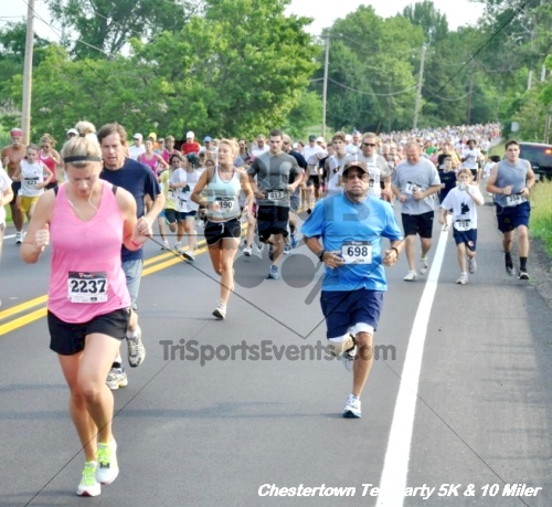 Chestertown Tea Party 10 Mile Run<br><br><br><br><a href='http://www.trisportsevents.com/pics/12_Chestertown_5K-10_Miler_024.JPG' download='12_Chestertown_5K-10_Miler_024.JPG'>Click here to download.</a><Br><a href='http://www.facebook.com/sharer.php?u=http:%2F%2Fwww.trisportsevents.com%2Fpics%2F12_Chestertown_5K-10_Miler_024.JPG&t=Chestertown Tea Party 10 Mile Run' target='_blank'><img src='images/fb_share.png' width='100'></a>