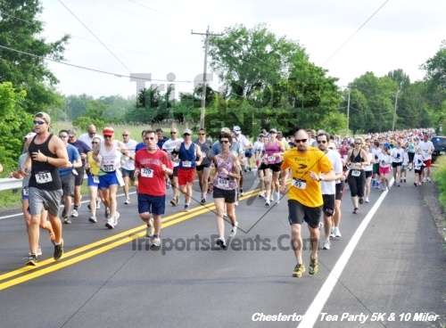 Chestertown Tea Party 10 Mile Run<br><br><br><br><a href='https://www.trisportsevents.com/pics/12_Chestertown_5K-10_Miler_039.JPG' download='12_Chestertown_5K-10_Miler_039.JPG'>Click here to download.</a><Br><a href='http://www.facebook.com/sharer.php?u=http:%2F%2Fwww.trisportsevents.com%2Fpics%2F12_Chestertown_5K-10_Miler_039.JPG&t=Chestertown Tea Party 10 Mile Run' target='_blank'><img src='images/fb_share.png' width='100'></a>