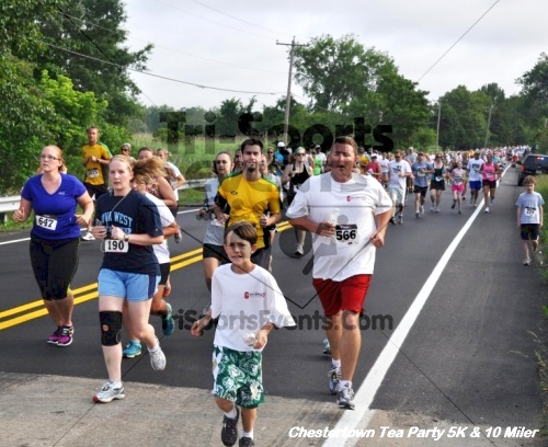 Chestertown Tea Party 10 Mile Run<br><br><br><br><a href='https://www.trisportsevents.com/pics/12_Chestertown_5K-10_Miler_044.JPG' download='12_Chestertown_5K-10_Miler_044.JPG'>Click here to download.</a><Br><a href='http://www.facebook.com/sharer.php?u=http:%2F%2Fwww.trisportsevents.com%2Fpics%2F12_Chestertown_5K-10_Miler_044.JPG&t=Chestertown Tea Party 10 Mile Run' target='_blank'><img src='images/fb_share.png' width='100'></a>