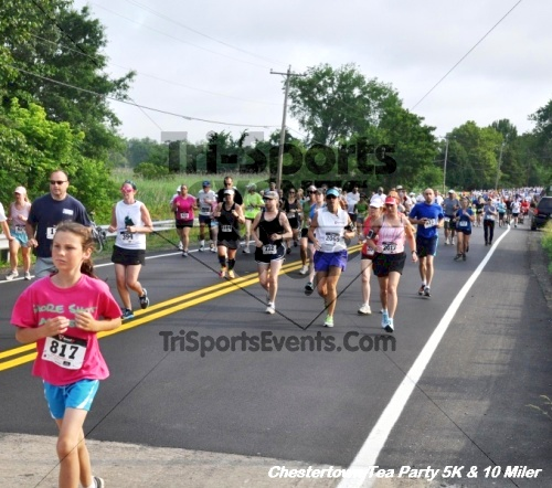 Chestertown Tea Party 10 Mile Run<br><br><br><br><a href='http://www.trisportsevents.com/pics/12_Chestertown_5K-10_Miler_048.JPG' download='12_Chestertown_5K-10_Miler_048.JPG'>Click here to download.</a><Br><a href='http://www.facebook.com/sharer.php?u=http:%2F%2Fwww.trisportsevents.com%2Fpics%2F12_Chestertown_5K-10_Miler_048.JPG&t=Chestertown Tea Party 10 Mile Run' target='_blank'><img src='images/fb_share.png' width='100'></a>