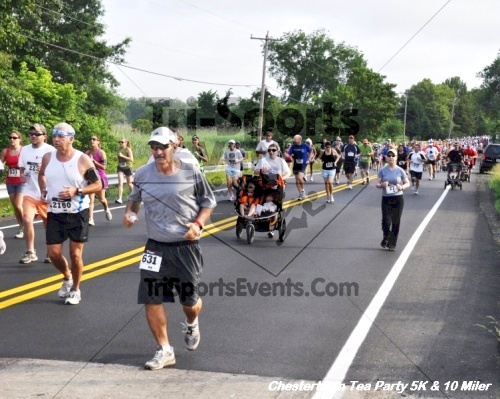 Chestertown Tea Party 10 Mile Run<br><br><br><br><a href='http://www.trisportsevents.com/pics/12_Chestertown_5K-10_Miler_051.JPG' download='12_Chestertown_5K-10_Miler_051.JPG'>Click here to download.</a><Br><a href='http://www.facebook.com/sharer.php?u=http:%2F%2Fwww.trisportsevents.com%2Fpics%2F12_Chestertown_5K-10_Miler_051.JPG&t=Chestertown Tea Party 10 Mile Run' target='_blank'><img src='images/fb_share.png' width='100'></a>