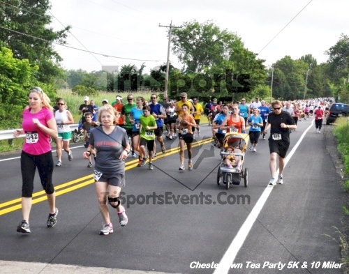 Chestertown Tea Party 10 Mile Run<br><br><br><br><a href='http://www.trisportsevents.com/pics/12_Chestertown_5K-10_Miler_055.JPG' download='12_Chestertown_5K-10_Miler_055.JPG'>Click here to download.</a><Br><a href='http://www.facebook.com/sharer.php?u=http:%2F%2Fwww.trisportsevents.com%2Fpics%2F12_Chestertown_5K-10_Miler_055.JPG&t=Chestertown Tea Party 10 Mile Run' target='_blank'><img src='images/fb_share.png' width='100'></a>