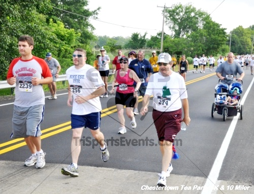 Chestertown Tea Party 10 Mile Run<br><br><br><br><a href='http://www.trisportsevents.com/pics/12_Chestertown_5K-10_Miler_064.JPG' download='12_Chestertown_5K-10_Miler_064.JPG'>Click here to download.</a><Br><a href='http://www.facebook.com/sharer.php?u=http:%2F%2Fwww.trisportsevents.com%2Fpics%2F12_Chestertown_5K-10_Miler_064.JPG&t=Chestertown Tea Party 10 Mile Run' target='_blank'><img src='images/fb_share.png' width='100'></a>