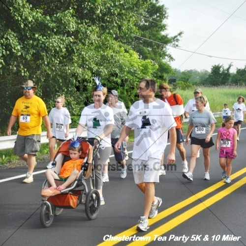 Chestertown Tea Party 10 Mile Run<br><br><br><br><a href='https://www.trisportsevents.com/pics/12_Chestertown_5K-10_Miler_070.JPG' download='12_Chestertown_5K-10_Miler_070.JPG'>Click here to download.</a><Br><a href='http://www.facebook.com/sharer.php?u=http:%2F%2Fwww.trisportsevents.com%2Fpics%2F12_Chestertown_5K-10_Miler_070.JPG&t=Chestertown Tea Party 10 Mile Run' target='_blank'><img src='images/fb_share.png' width='100'></a>