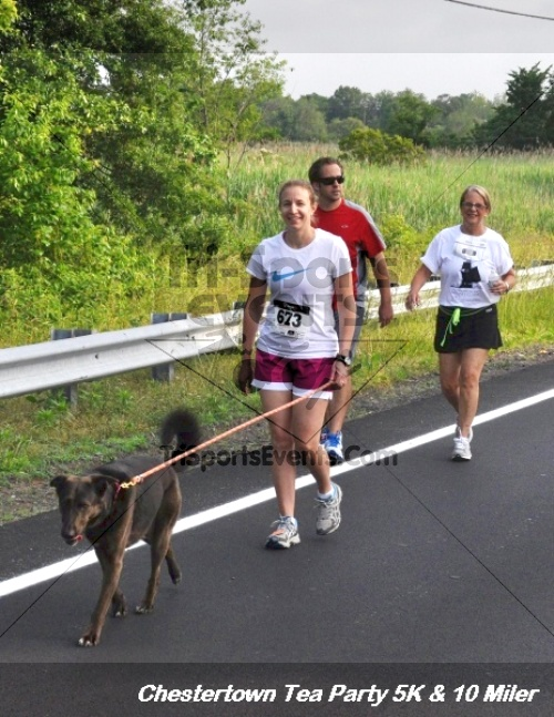 Chestertown Tea Party 10 Mile Run<br><br><br><br><a href='https://www.trisportsevents.com/pics/12_Chestertown_5K-10_Miler_079.JPG' download='12_Chestertown_5K-10_Miler_079.JPG'>Click here to download.</a><Br><a href='http://www.facebook.com/sharer.php?u=http:%2F%2Fwww.trisportsevents.com%2Fpics%2F12_Chestertown_5K-10_Miler_079.JPG&t=Chestertown Tea Party 10 Mile Run' target='_blank'><img src='images/fb_share.png' width='100'></a>