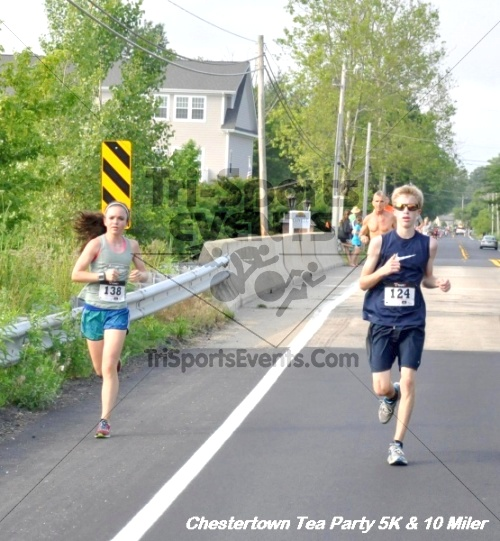 Chestertown Tea Party 10 Mile Run<br><br><br><br><a href='http://www.trisportsevents.com/pics/12_Chestertown_5K-10_Miler_087.JPG' download='12_Chestertown_5K-10_Miler_087.JPG'>Click here to download.</a><Br><a href='http://www.facebook.com/sharer.php?u=http:%2F%2Fwww.trisportsevents.com%2Fpics%2F12_Chestertown_5K-10_Miler_087.JPG&t=Chestertown Tea Party 10 Mile Run' target='_blank'><img src='images/fb_share.png' width='100'></a>
