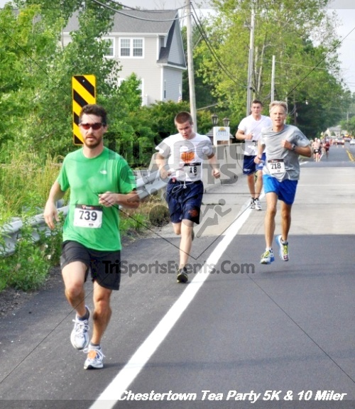 Chestertown Tea Party 10 Mile Run<br><br><br><br><a href='http://www.trisportsevents.com/pics/12_Chestertown_5K-10_Miler_092.JPG' download='12_Chestertown_5K-10_Miler_092.JPG'>Click here to download.</a><Br><a href='http://www.facebook.com/sharer.php?u=http:%2F%2Fwww.trisportsevents.com%2Fpics%2F12_Chestertown_5K-10_Miler_092.JPG&t=Chestertown Tea Party 10 Mile Run' target='_blank'><img src='images/fb_share.png' width='100'></a>