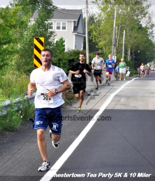 Chestertown Tea Party 10 Mile Run<br><br><br><br><a href='https://www.trisportsevents.com/pics/12_Chestertown_5K-10_Miler_093.JPG' download='12_Chestertown_5K-10_Miler_093.JPG'>Click here to download.</a><Br><a href='http://www.facebook.com/sharer.php?u=http:%2F%2Fwww.trisportsevents.com%2Fpics%2F12_Chestertown_5K-10_Miler_093.JPG&t=Chestertown Tea Party 10 Mile Run' target='_blank'><img src='images/fb_share.png' width='100'></a>