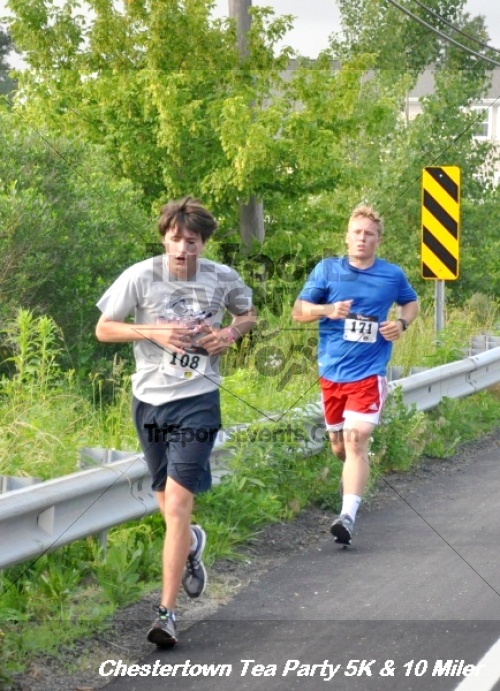 Chestertown Tea Party 10 Mile Run<br><br><br><br><a href='https://www.trisportsevents.com/pics/12_Chestertown_5K-10_Miler_095.JPG' download='12_Chestertown_5K-10_Miler_095.JPG'>Click here to download.</a><Br><a href='http://www.facebook.com/sharer.php?u=http:%2F%2Fwww.trisportsevents.com%2Fpics%2F12_Chestertown_5K-10_Miler_095.JPG&t=Chestertown Tea Party 10 Mile Run' target='_blank'><img src='images/fb_share.png' width='100'></a>